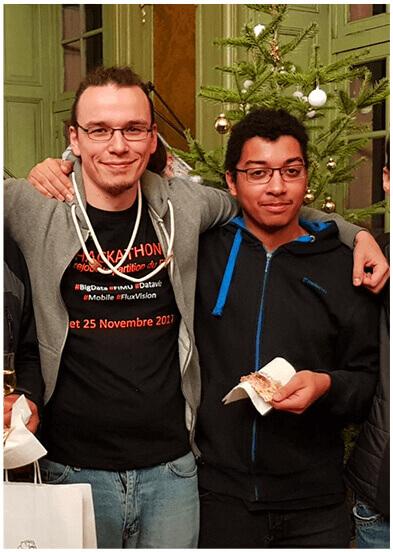 Yohann et Charlie au Hackathon